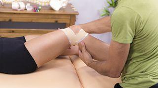 Vendaje correctivo con ejercicio terapéutico