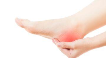 Talalgia: análisis de las posibles causas del dolor en el talón