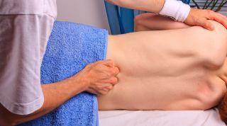 Manipulaciones vertebrales en el raquis y pelvis - Madrid